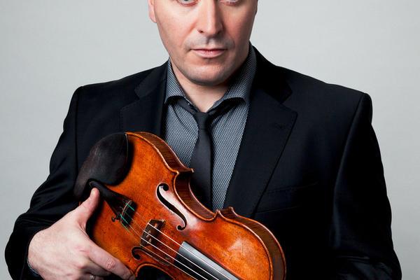 Maxim vengerov with violin