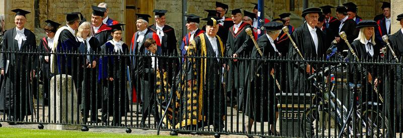 Photo of Encaenia procession entering the Sheldonian Theatre