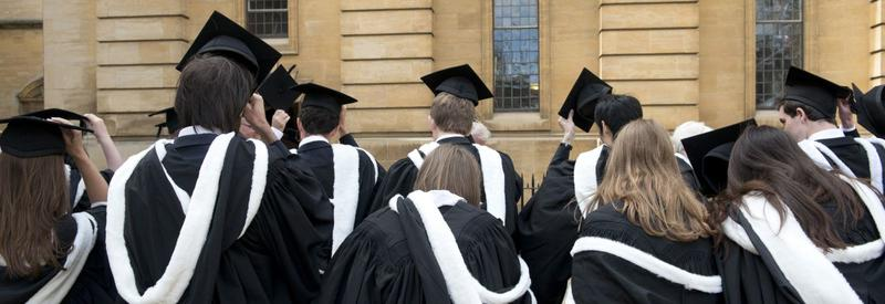 Image of students entering the Sheldonian Theatre, attending their degree ceremony